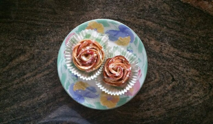 The 2 that got away! Beau even found a floral plate, sprinkled some icing sugar and snapped a pic for me!