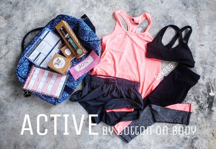 Cotton On Body Goodie Bag: 1 Tank, 1 Sports Bra, 2 Bottoms, 2 Fitness/Wellness Planners, 1 Selfie Stick and remote, 1 Fig & Berry Scented Soy Wax Candle, 30% Discount Coupon and a huge buffel bag!